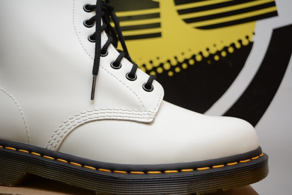 1460 White Smooth 8 Eyelet Boot