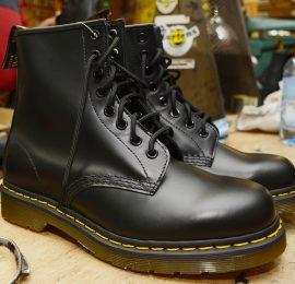 1460 Black Smooth 8 Eyelet Boot