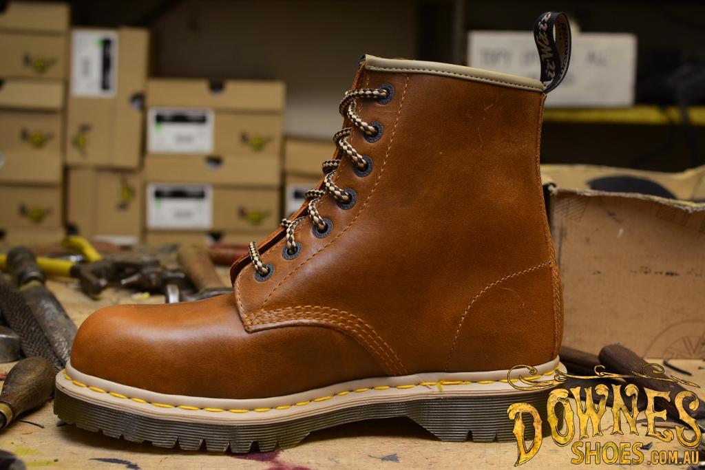 7B10 7 Eye Steel Toe Tan Safety Boot