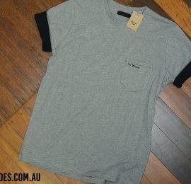 pocket core grey shirt logo web