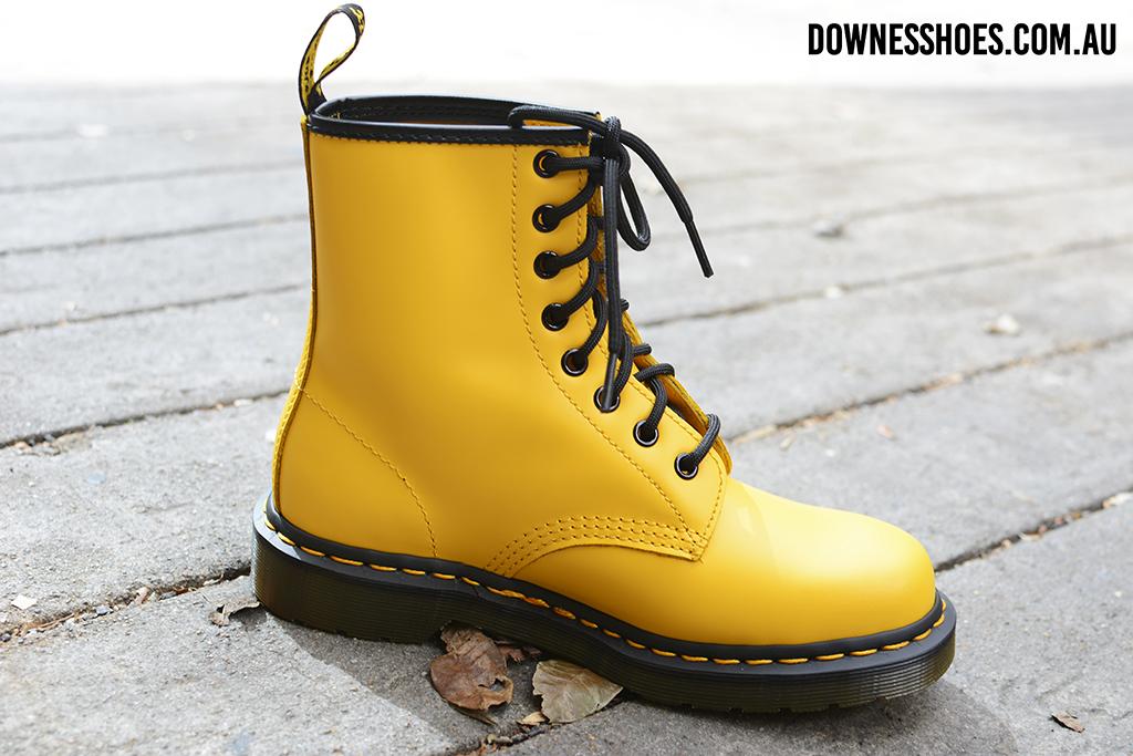 1460 Colour Pop Yellow Smooth 8 eye Boot