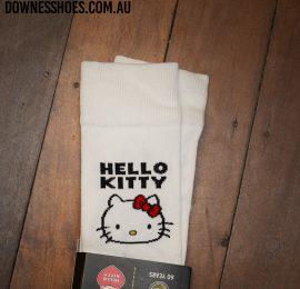 Hello kitty sock white close logo web